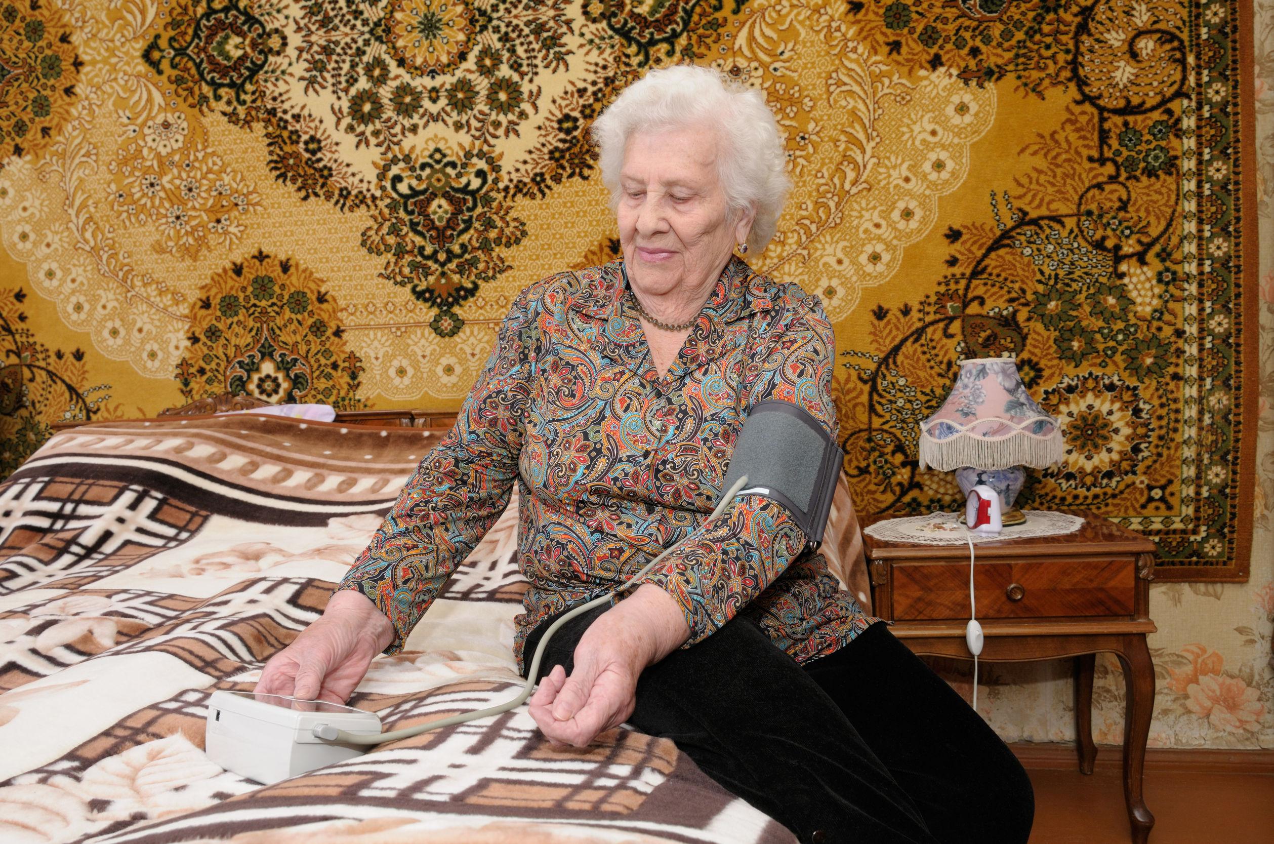 高血壓對老年人不一定有害