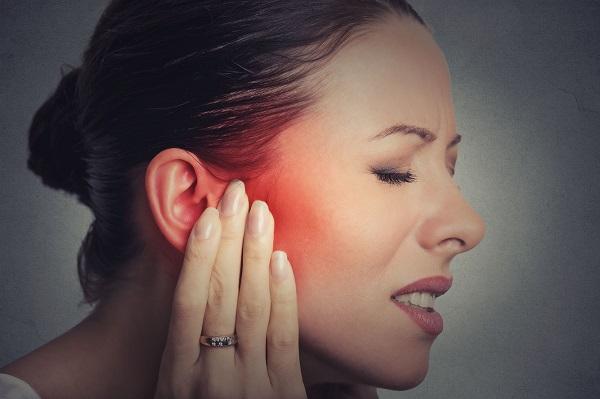 耳朵悶塞聽不清楚 – 耳咽管功能障礙