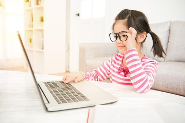 學前兒童日看2小時屏幕 易患ADHD及注意力較差